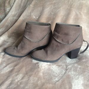 Candie's Taupe Bootie